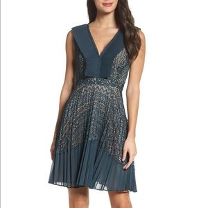 NWT French Connection Orabelle Lace Dress